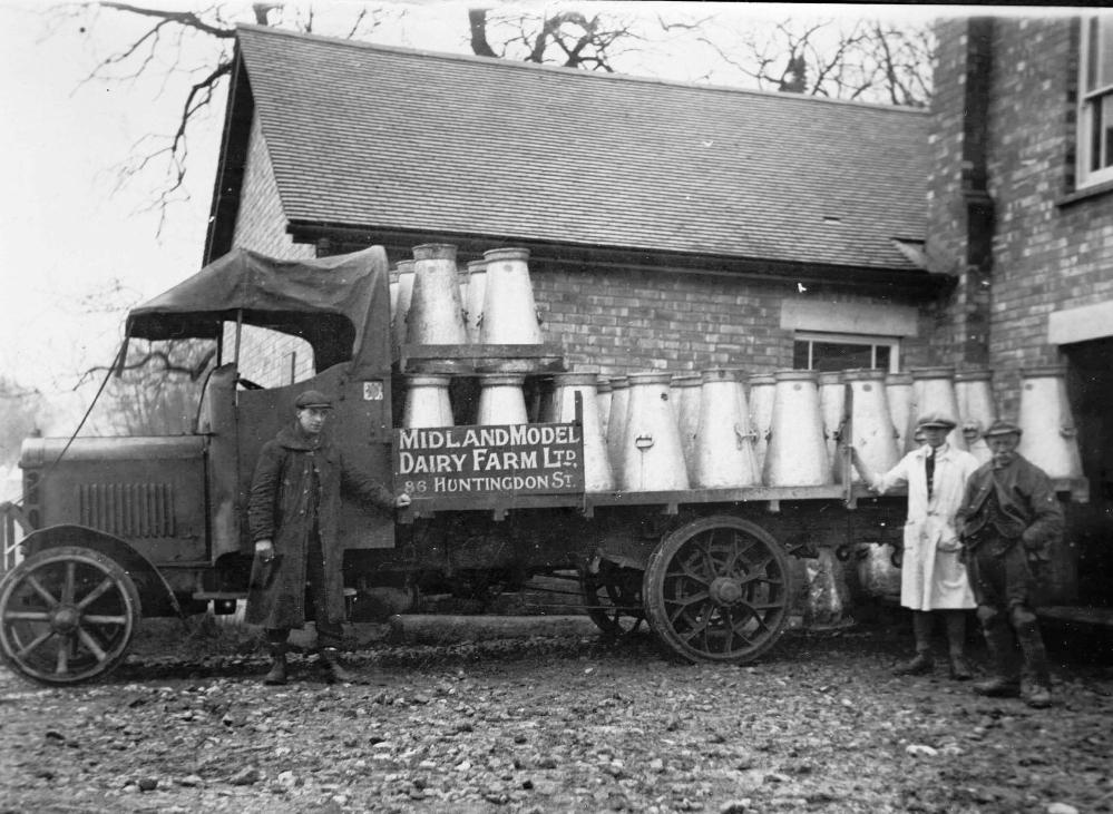 ErnW14  Colson Bassett Dairy 1923, milk waggon